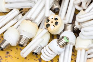 Beinhalten Schadstoffe: Energiesparleuchten