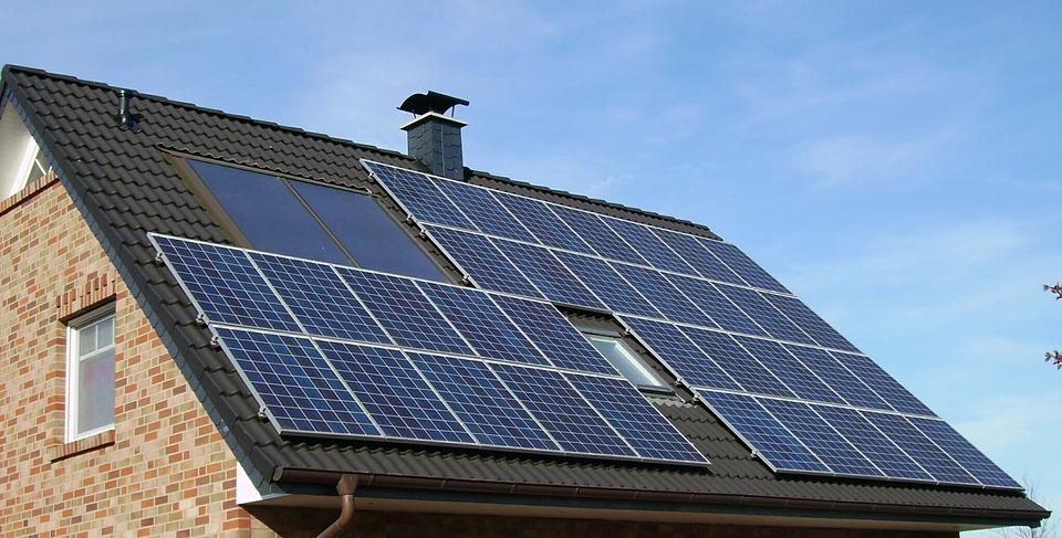 Erneuerbare Energien: Wie funktioniert eigentlich eine Photovoltaikanlage?