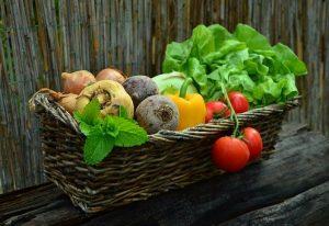 einen gesunden Snack für Zwischendurch wählen
